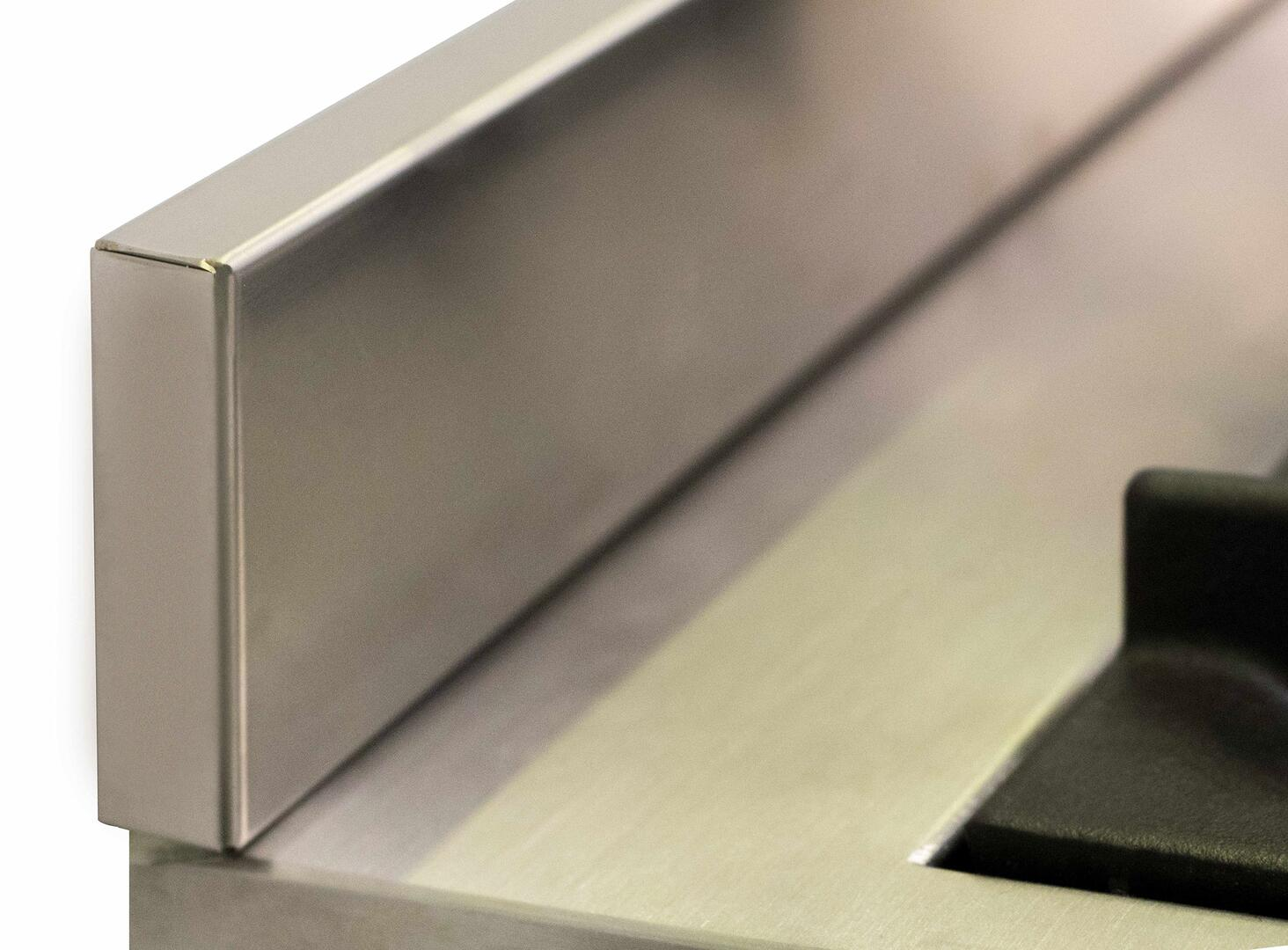Ilve Majestic II UM12FDQNS3SSPLP Freestanding Dual Fuel Range Stainless Steel, UM12FDQ-Backsplash
