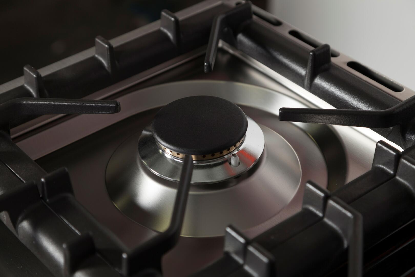 Ilve Professional Plus UPW90FDMPI Freestanding Dual Fuel Range Stainless Steel, Burner Details