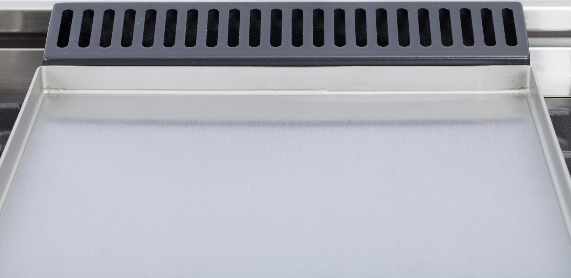Ilve Nostalgie UPN90FDMPBL Freestanding Dual Fuel Range Blue, Griddle View