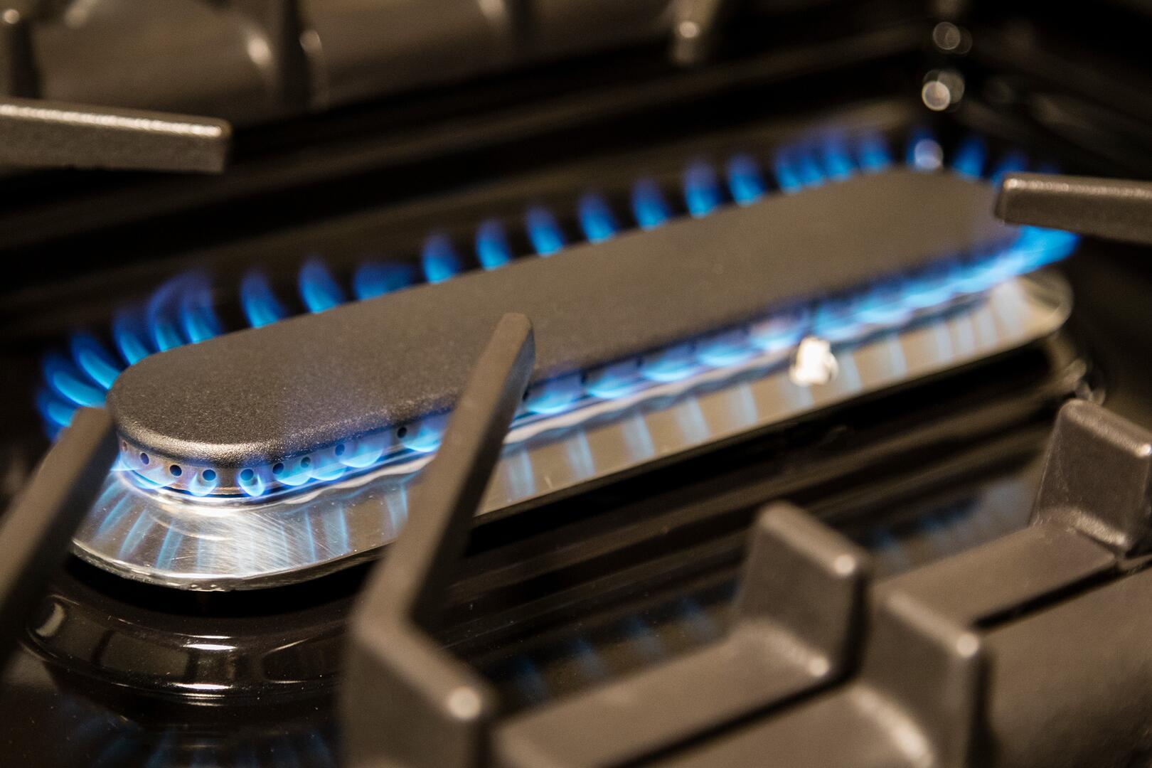 Ilve Nostalgie UPN90FDMPBL Freestanding Dual Fuel Range Blue, 10K Oval Burner